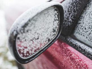 Jak wyczyścić auto po zimie?